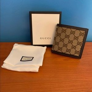 Gucci Bags - NEW Men's GUCCI Classic GG Canvas Bi-Fold Wallet